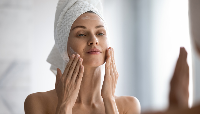 Pleťové sérum pre citlivú pokožku: Kozmetická rada Prameň Pokušenia